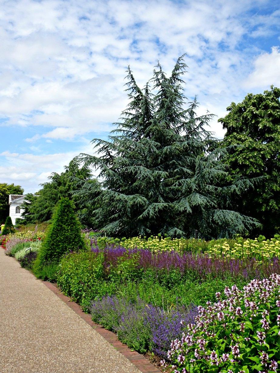 Path to the Orangerie, Kew Gardens