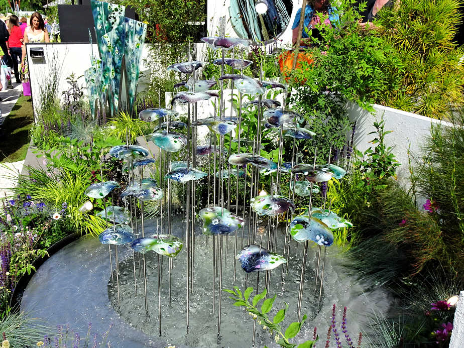 Glass Art Water Feature at the Chelsea Flower Show