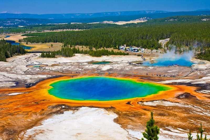 Yellowstone National Park, Midway Geyser Basin. USA