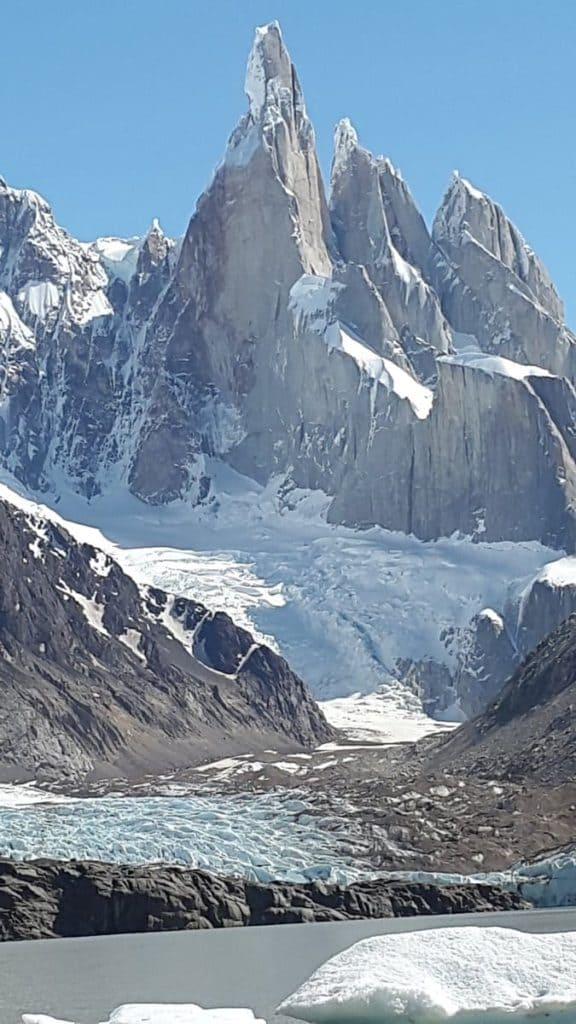 #Glacier Laguna Torre Trail - #Chalten - Argentina #Trail: In the Argentine #Patagonia almost at the end of the world, in a town of 300 inhabitants called Chalten, you can visit glaciers in places that have very little human presence. #hiking #trekking #outdoor