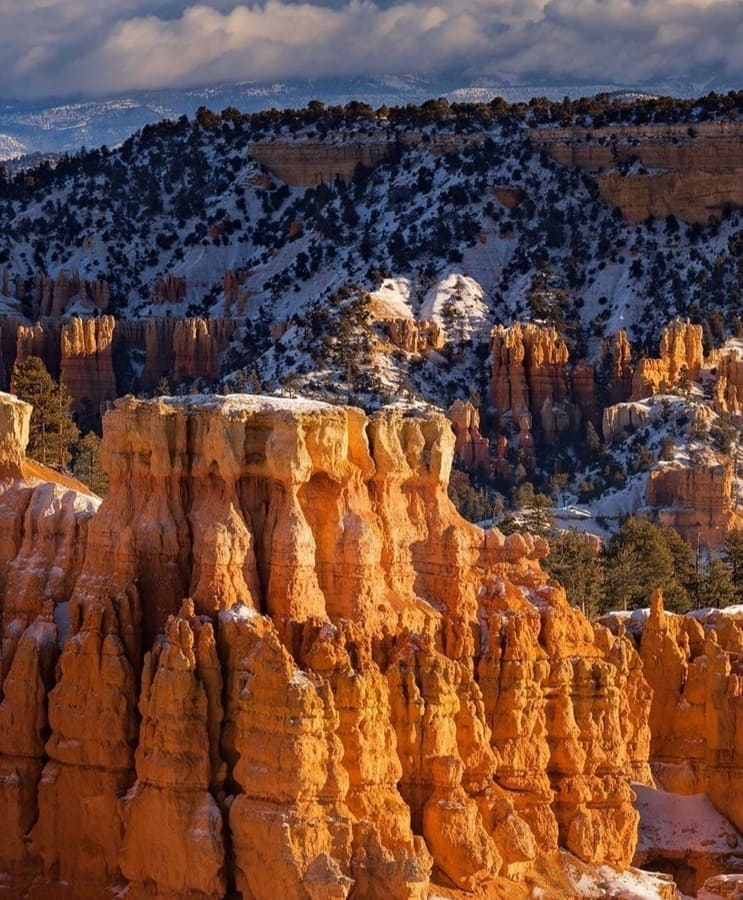 Bryce Canyon national Park is located in southwestern Utah and 260 miles from the city of Las Vegas. It is north of the Grand Canyon #National Park, about 144.5 miles via US-89 S and US-89A S. #hiking #vacation