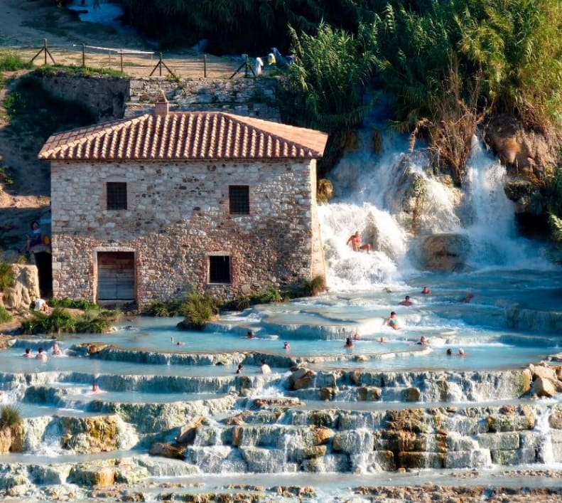 Saturnia Thermal Bath The Baths of Saturnia are one of the most beautiful in Tuscany. These Thermal Baths are among the best known thermal baths in Tuscany, together with the Bagni San Filippo (south of the Orcia Valley), the Montecatini Thermal baths