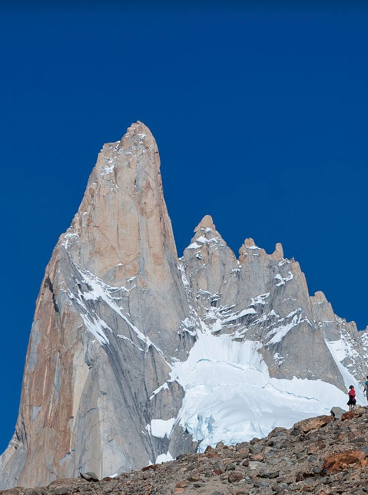 Senda a Laguna Torre - #Glacier Laguna Torre #Trail - #Chalten - Argentina #Trail: In the Argentine #Patagonia almost at the end of the world, in a town of 300 inhabitants called Chalten, you can visit glaciers in places that have very little human presence. #hiking #trekking #outdoor