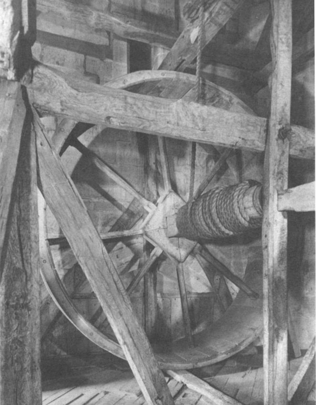 Treadwheel crane on Salisbury Cathedral