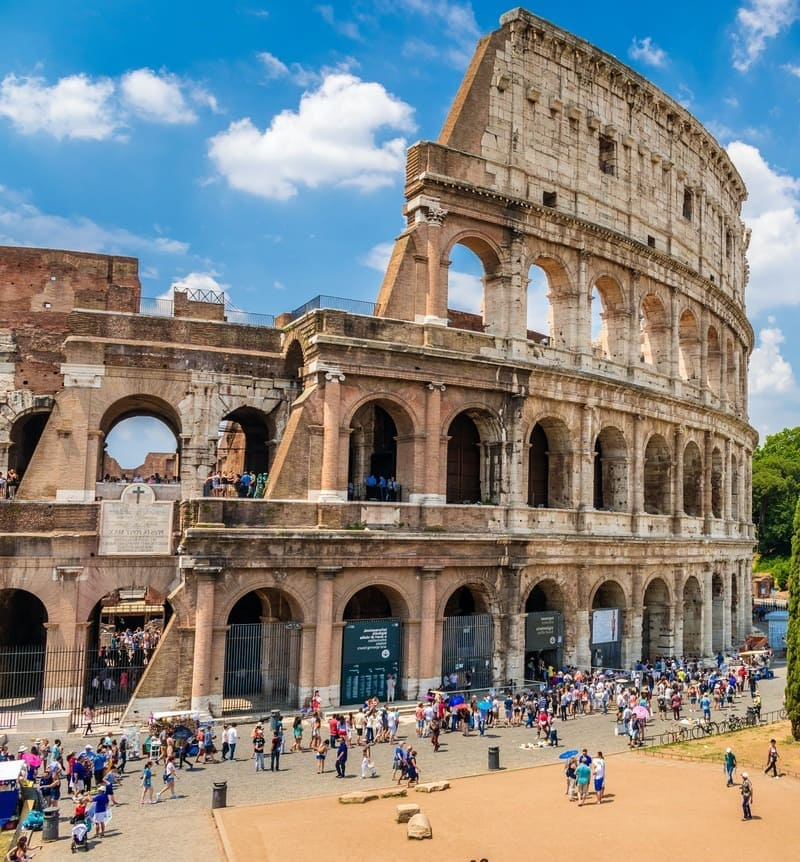 Rome Amphitheater. Coliseum- Italy - History of Tourism