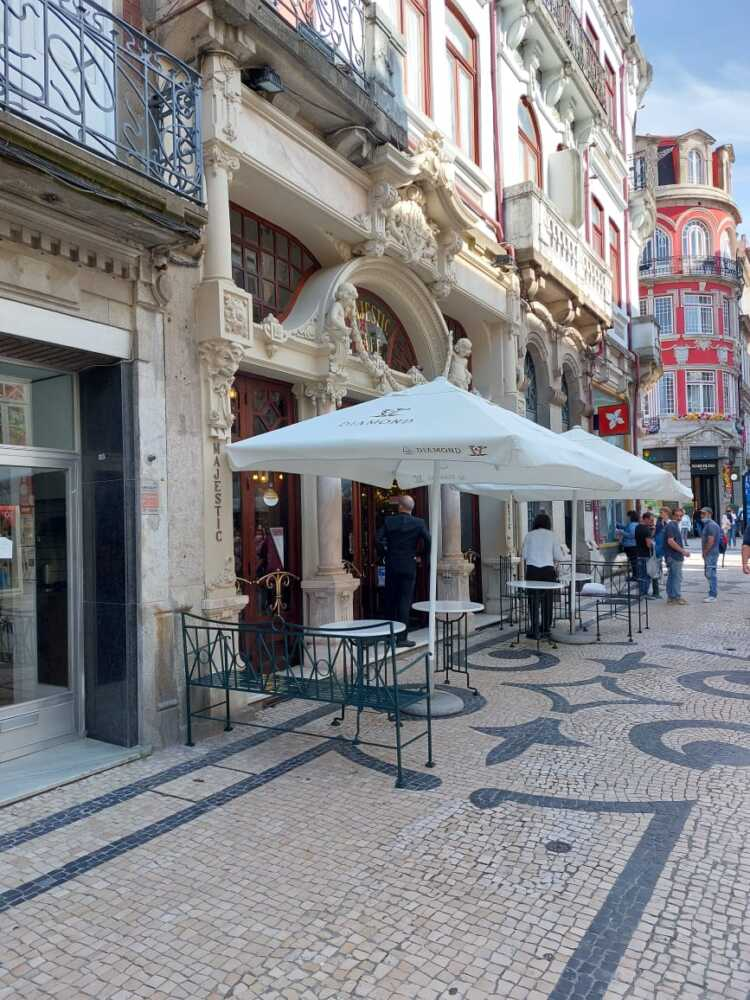 Porto: Coffee Shop Majestic an Icon of the Belle Epoque