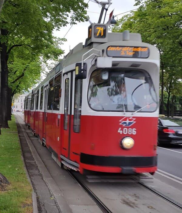 Vienna Tram - Public Transport in Vienna 2021