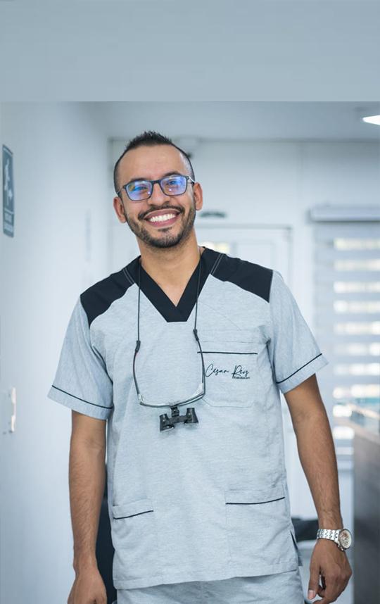 Dr. César Rios