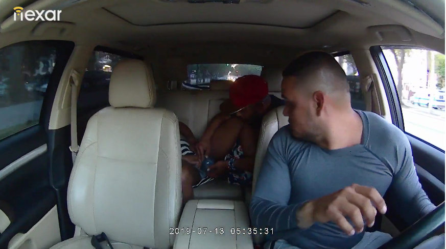 women gives birth in backseat
