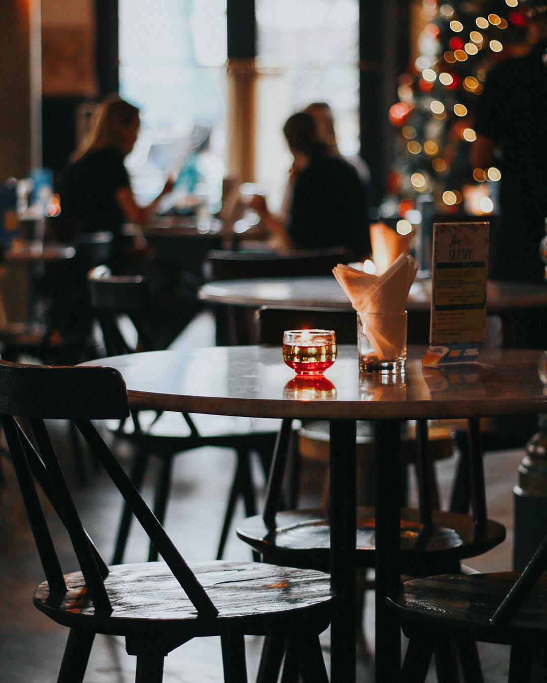 indoor-dining