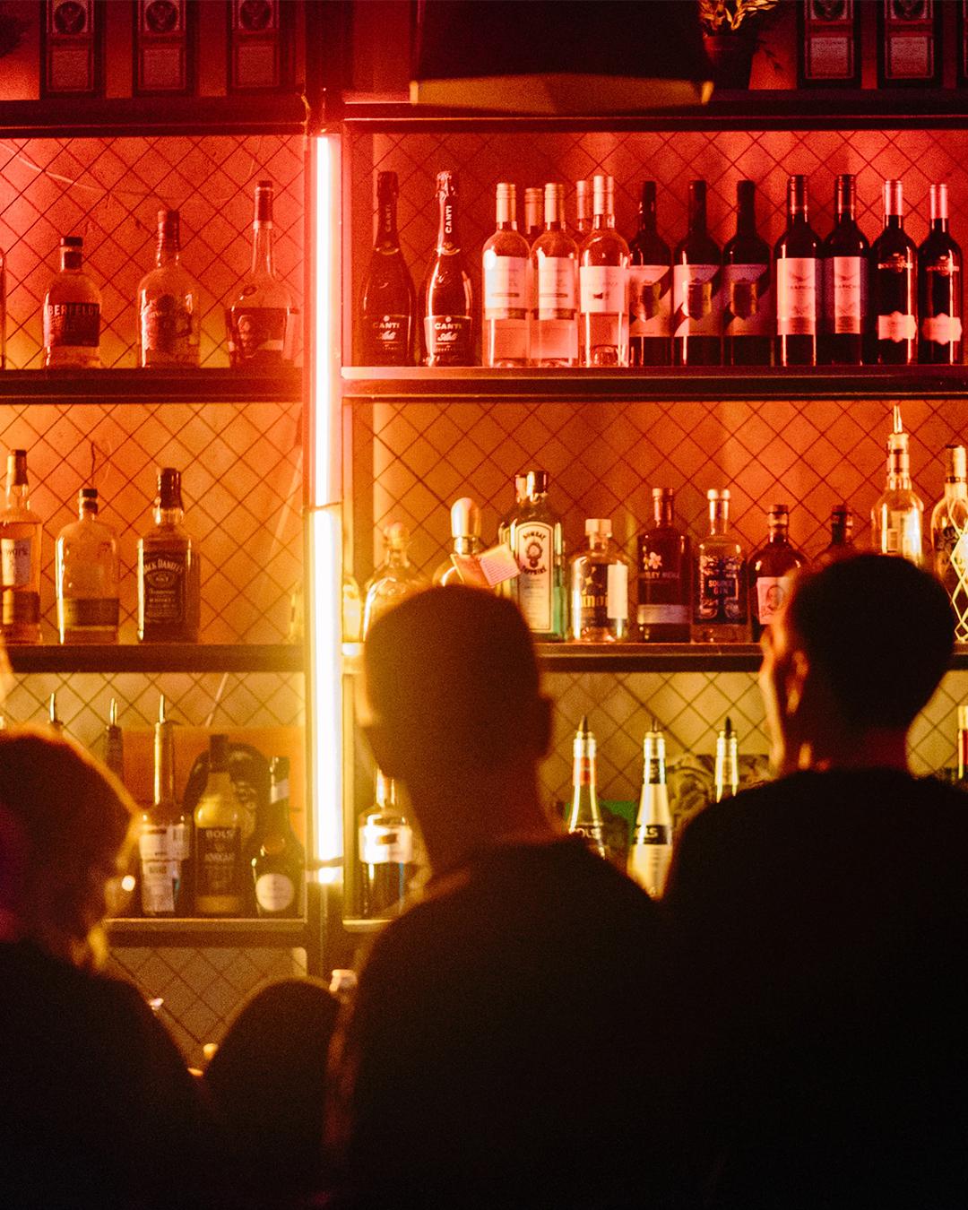 philadelphians allowed at bar