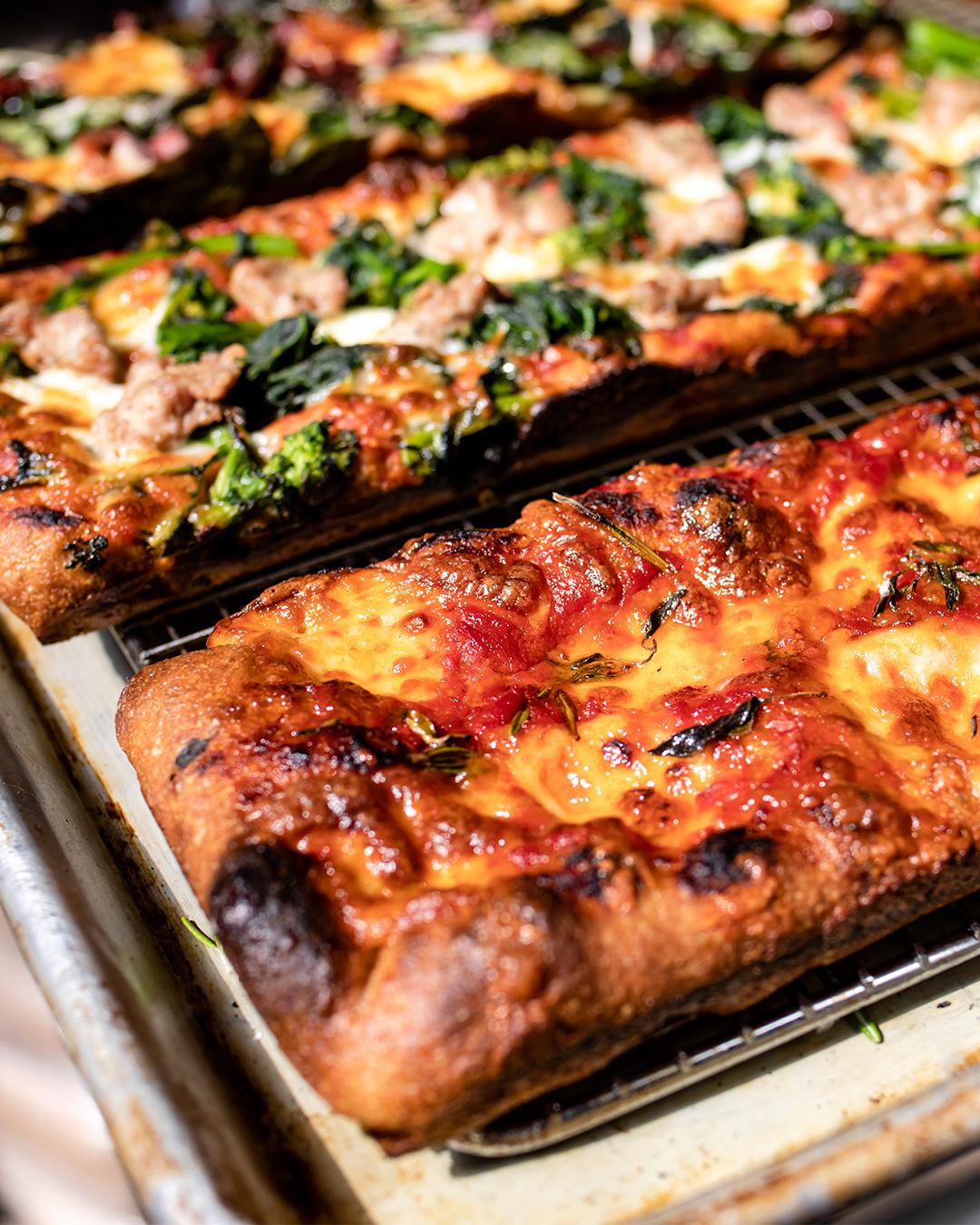 lost bread pizza