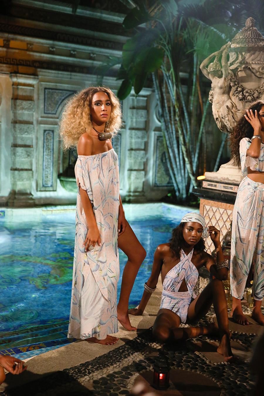 * Mara Hoffman Resort 2016 Versace Moroccan 270