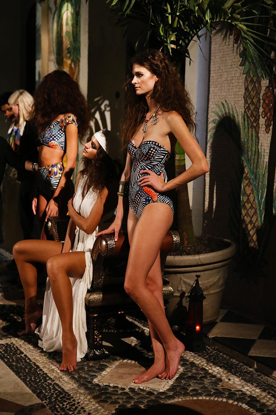 * Mara Hoffman Resort 2016 Versace Moroccan 292