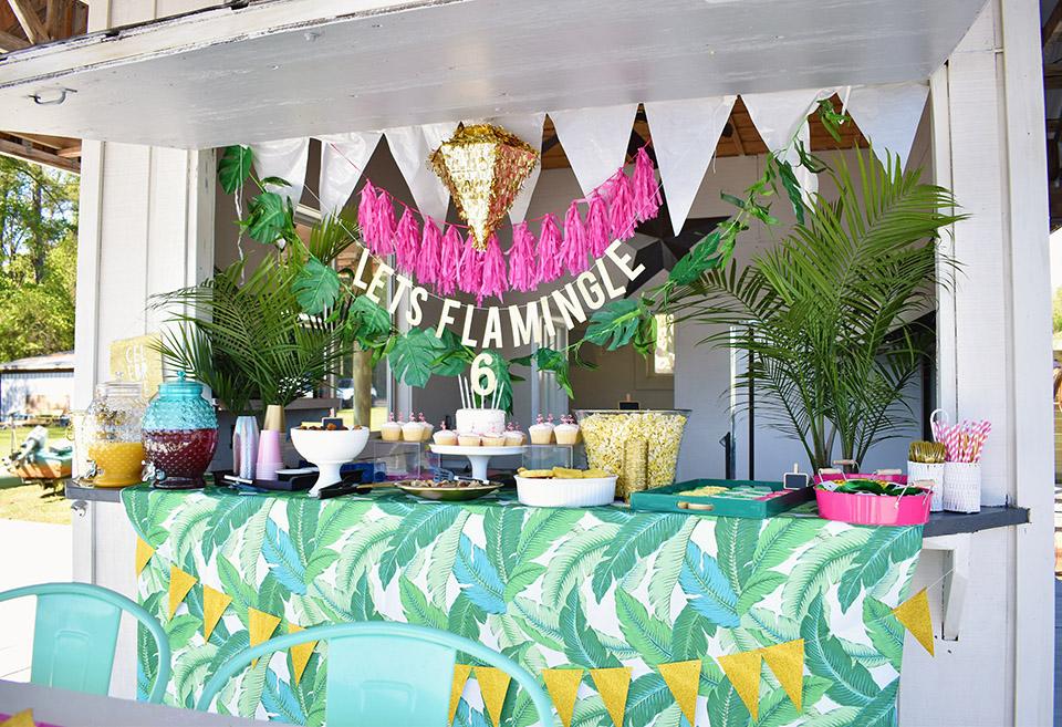 6th Birthday Flamingle - Party Setup