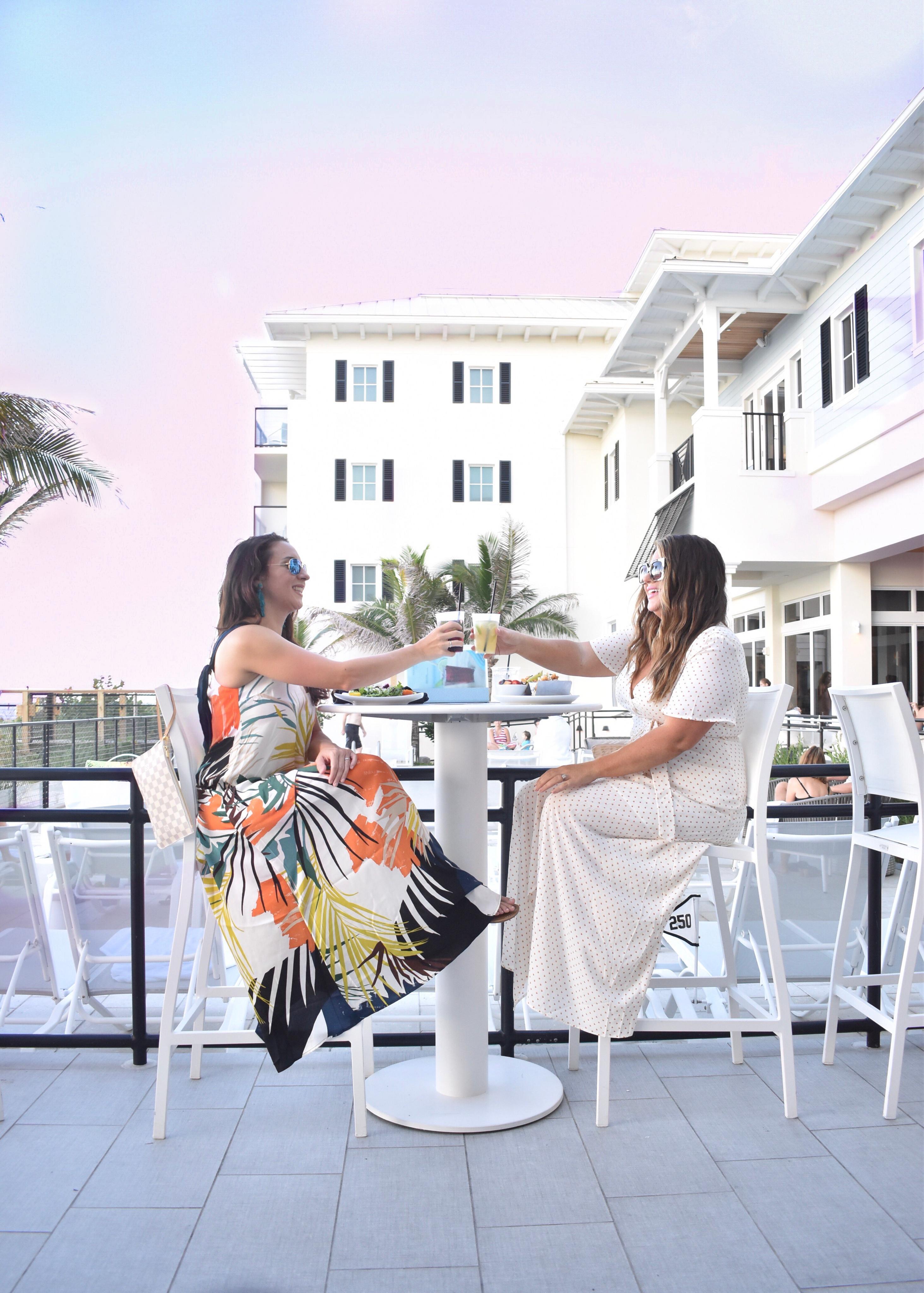 Hutchinson Shores - 30A Mama Travel - Pool Bar