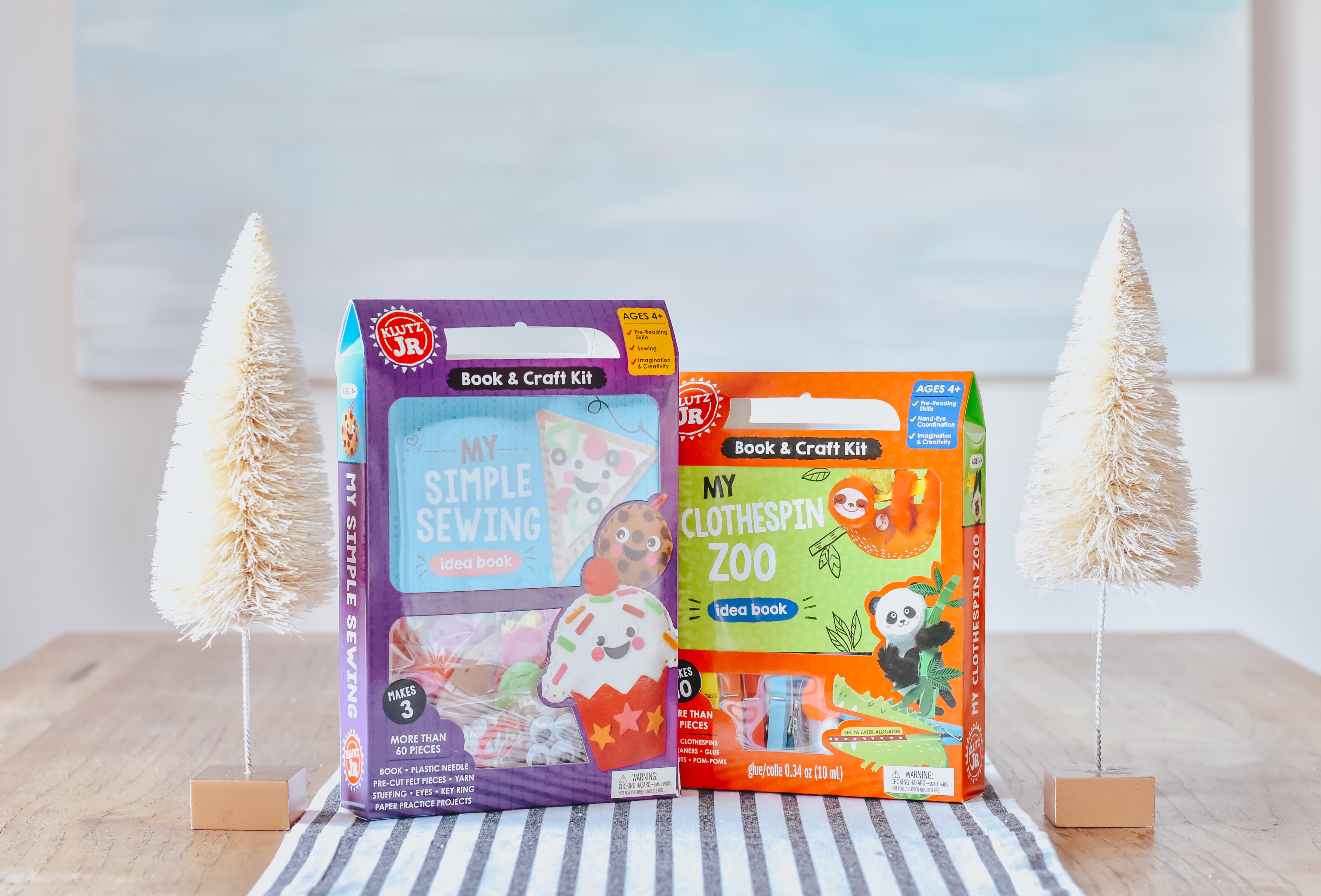 30A Mama Kids Gift Ideas with Babbleboxx Klutz Jr Craft Kit Simple Sewing Clothespin Zoo