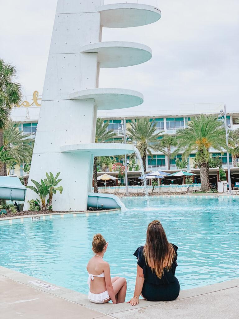 30A Mama Travel - Cabana Bay Pool - Diving Tower