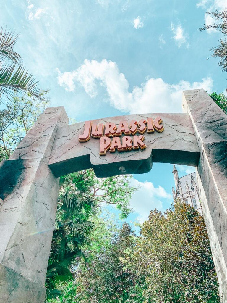 30A Mama Travel - Jurassic Park