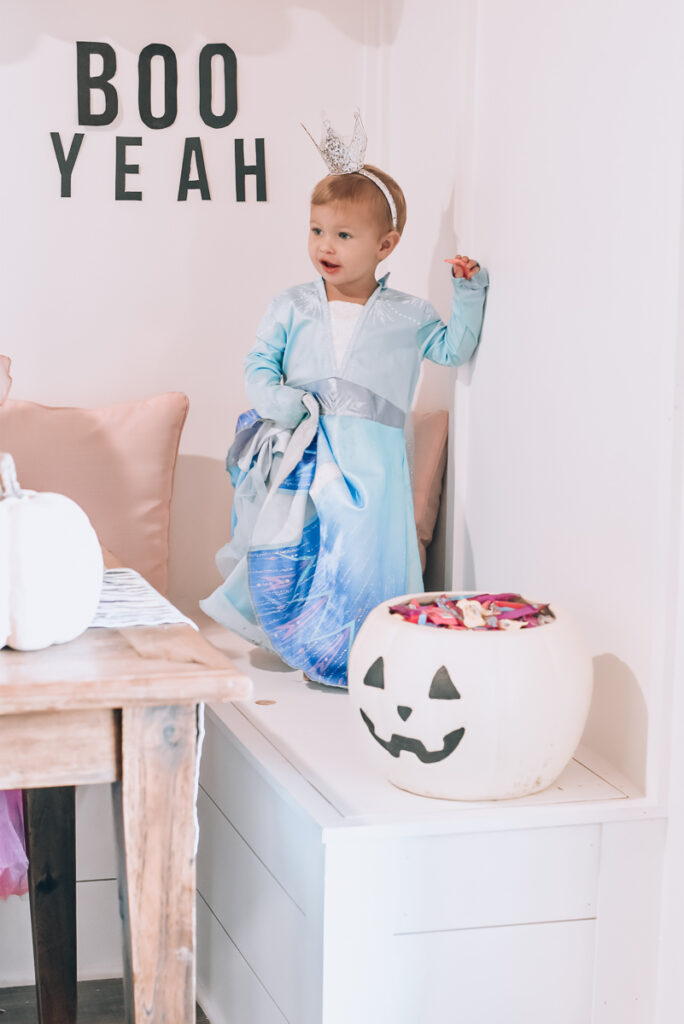 30A Mama Walmart Halloween Elsa Costume