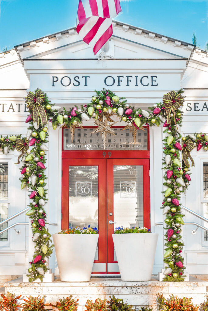 30A Mama - Seaside Post Office at Christmas 2019