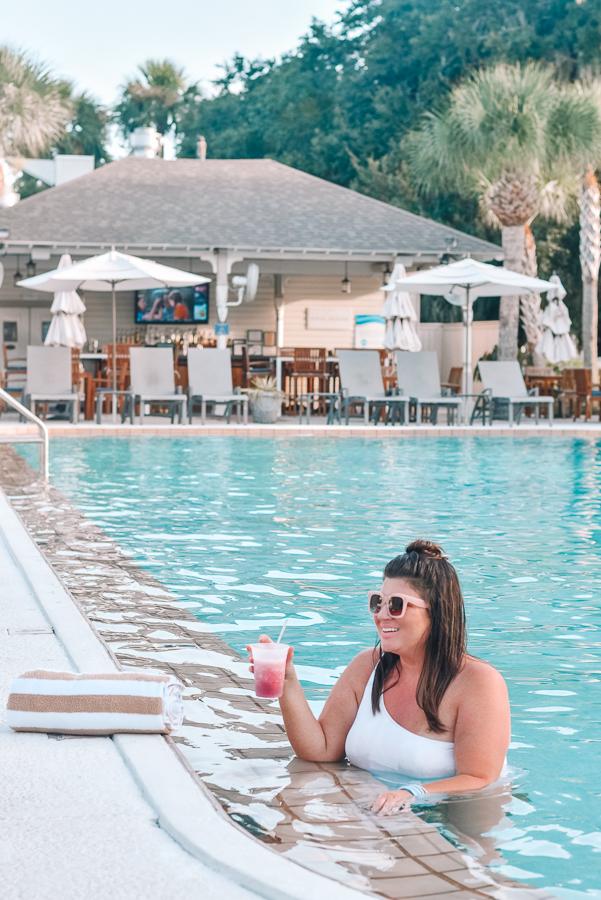 30A Mama Jekyll Island pool