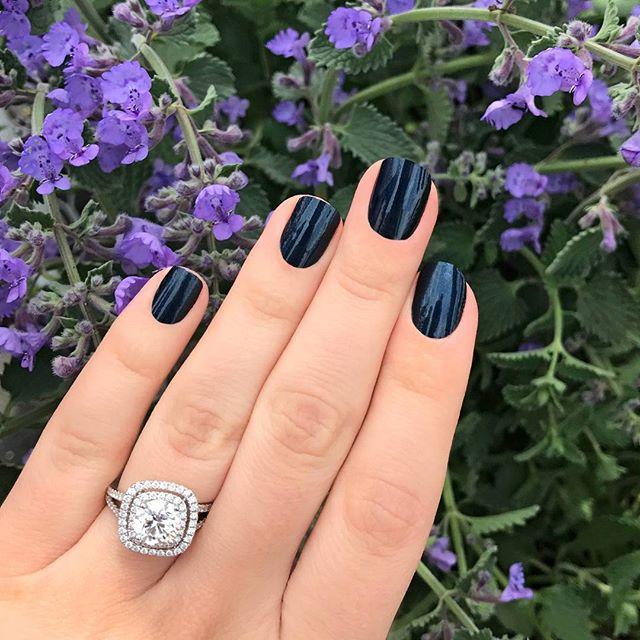Incoco Autumn Night - Dark blue solid available at Ulta Beauty