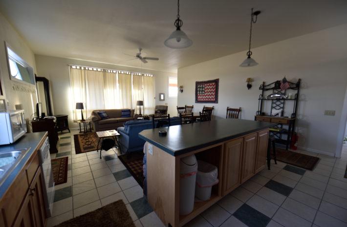 O'Carroll's Yellowstone Cabin Room Image