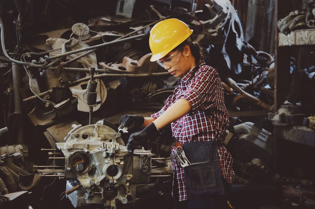 blue collar workers at risk for repetitive strain injury