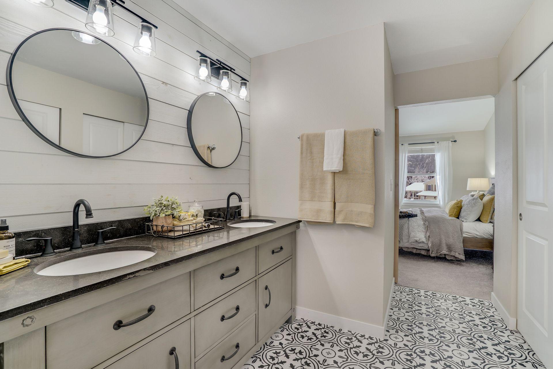 Contemporary bathroom design ideas for a bathroom renovation