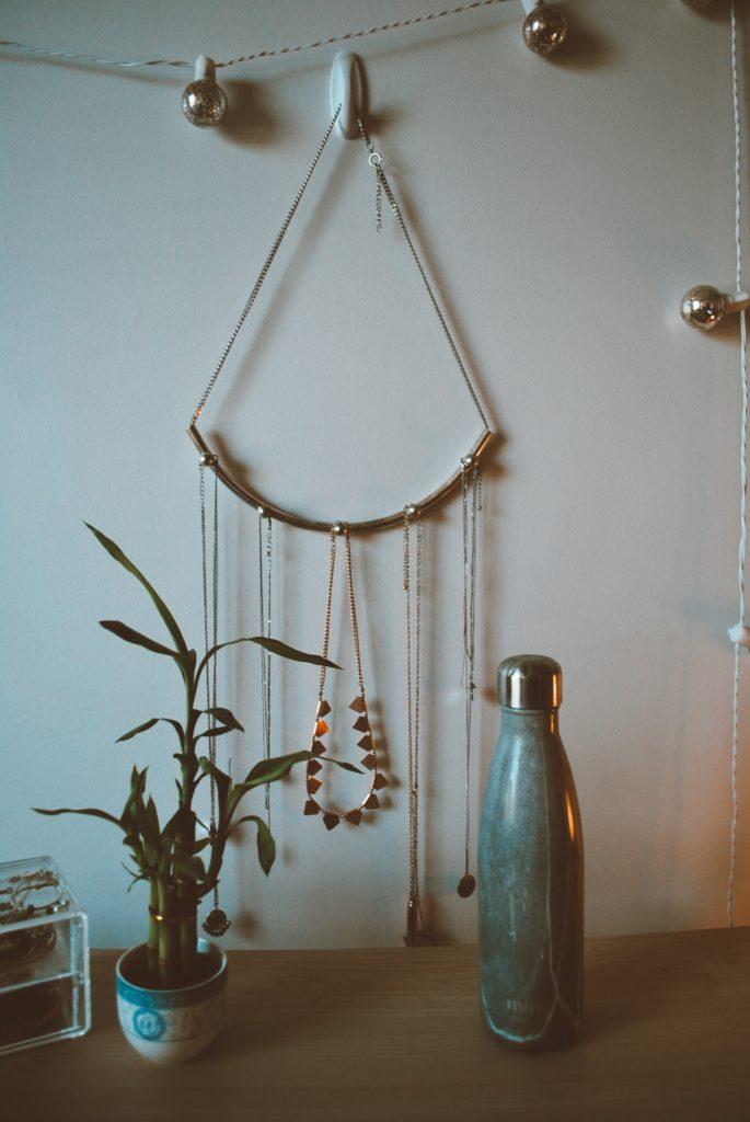 Jewelry storage hanging mirror
