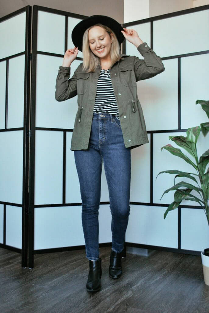 Using a striped shirt as part of an autumn outfit idea.