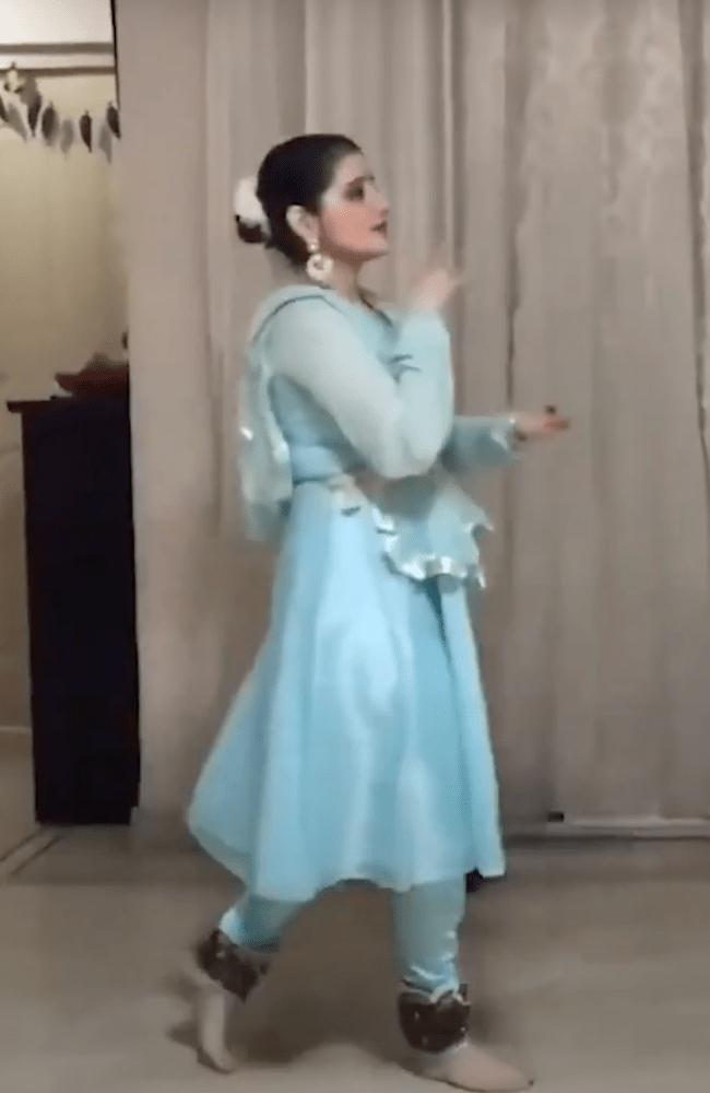 Dance_11-min
