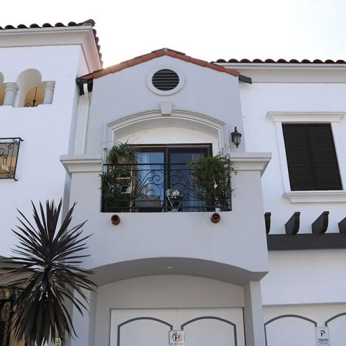 Italian-Style-Building-in-Prime-Studio-City-18