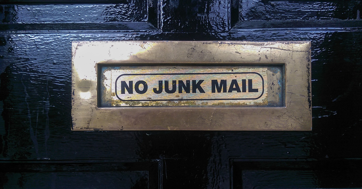 Mail slot that says No Junk Mail