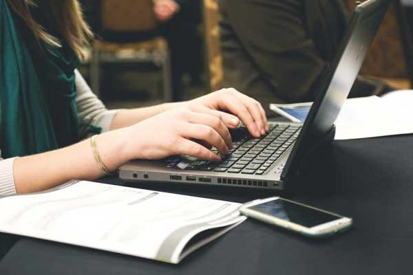 laptop, typing, desk