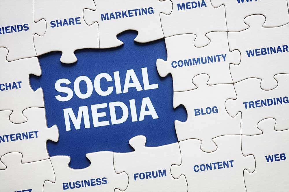 Puzzle with Social Media as a Puzzle Piece
