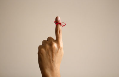 string around finger