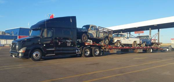 2013 Volvo VNL Semi Truck, Step Deck Trailer and Operating Authority (Clinton Twp.) $45000