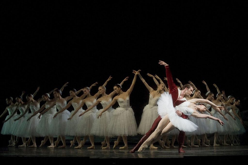 A 2008 production of Swan Lake at the Royal Swedish Opera.