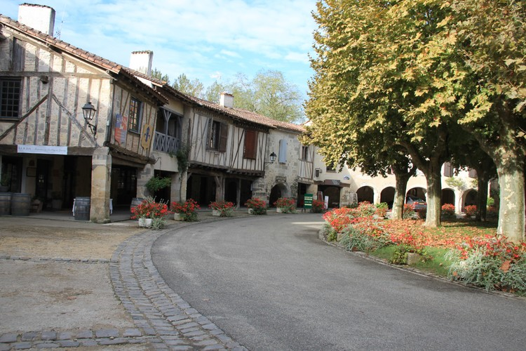 Domaine Estrade in town of Fourcès