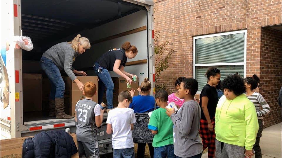Jonny's Wagon Providing Early Education On Hunger In America