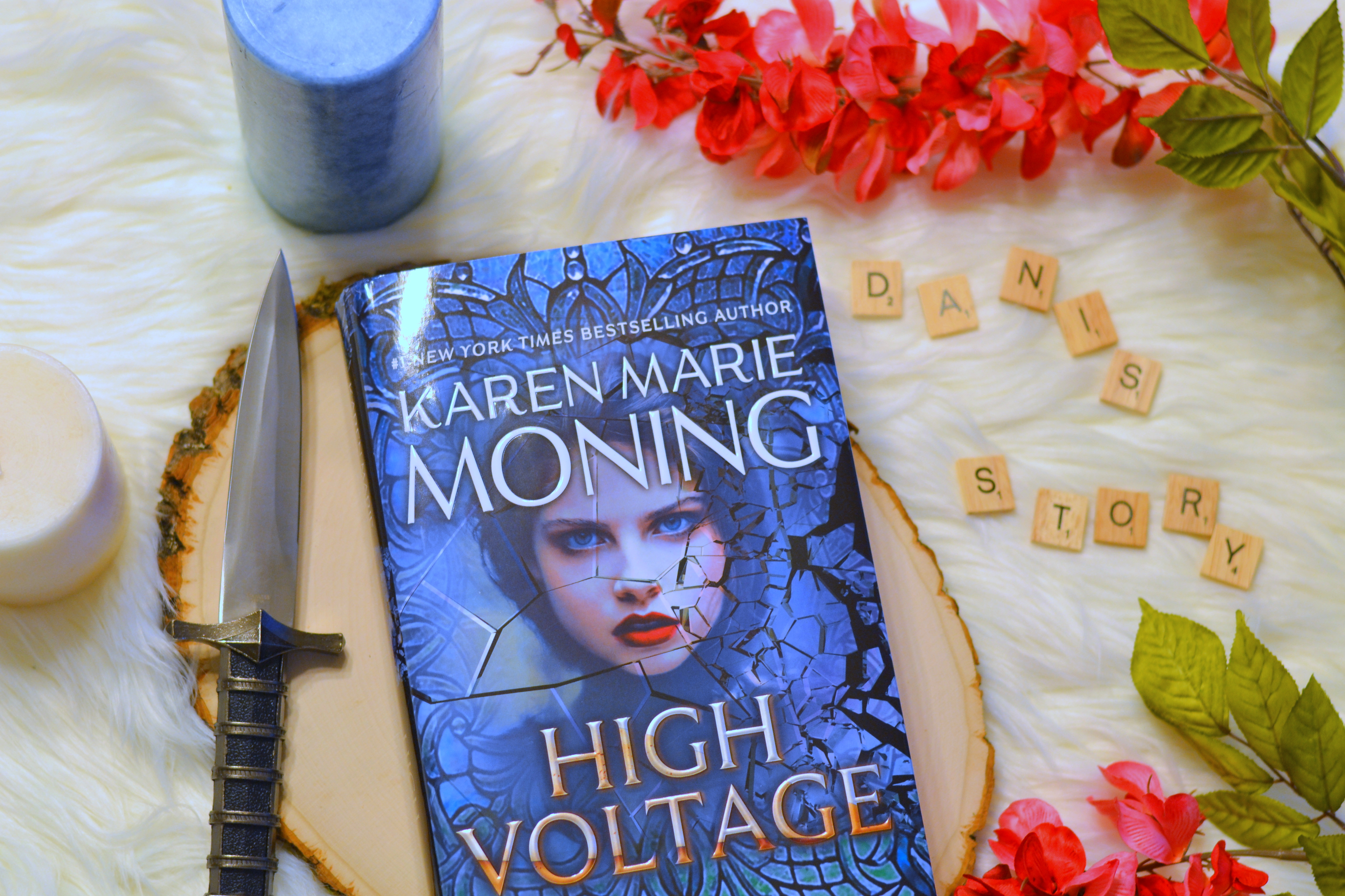 High Voltage by Karen Marie Moning | Review