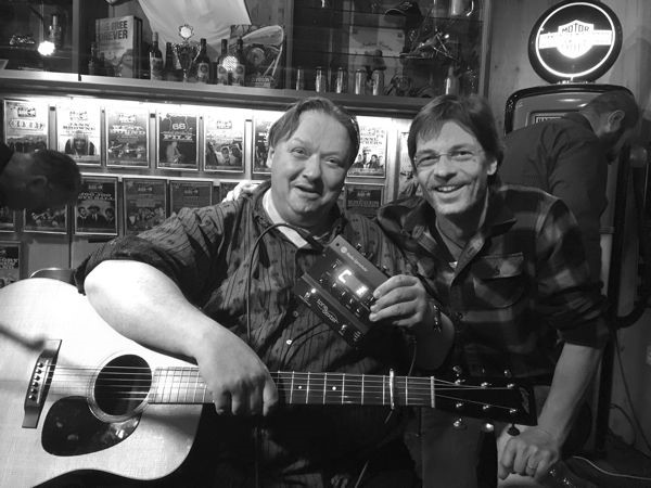 Uwe Kruger with Bazi of Musik Althaus Switzerland