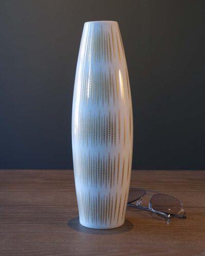 2018-021-thomas-rosenthal-golden-vase-1080x1350