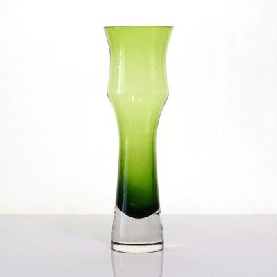 green-sommerso-riihimaki-bud-vase