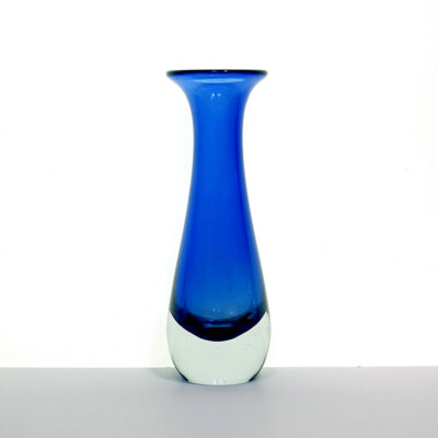 blue-clear-tapered-sommerso-vase