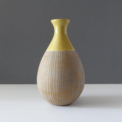 contemporary-gold-sgraffito-teardrop-vase-1
