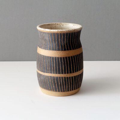 Ceramic vessel by Rosario Varela -d1