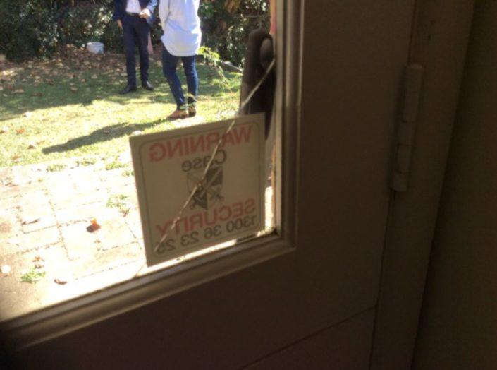 Crack to laundry door glass see builders report